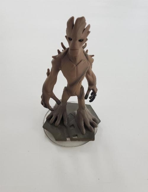 Groot (C)