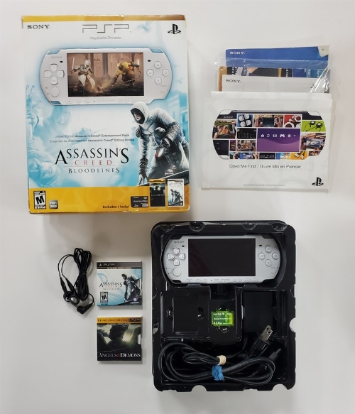 PSP Limited Edition Assassin's Creed: Bloodlines Entertainment Pack (Model 3001) (CIB)