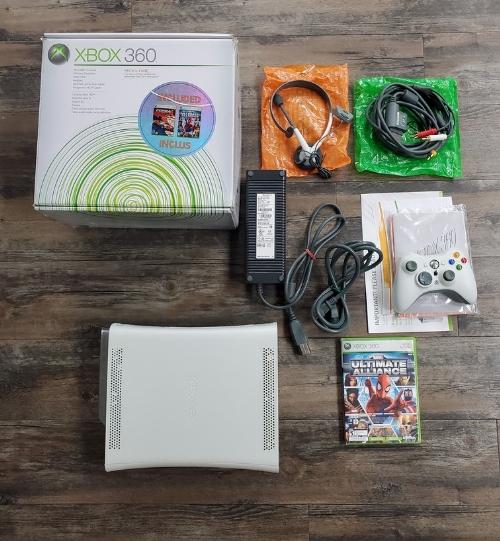 XBOX 360 (20GB) Arcade White Marvel Ultimate Alliance/Forza Motorsport Bundle (CIB)